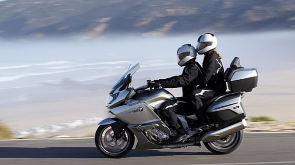 how-to-ride-a-motorcycle-with-a-passenger-66532-7